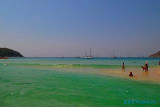 Пляж Най Харн Бич (Nai Harn) на острове Пхукет