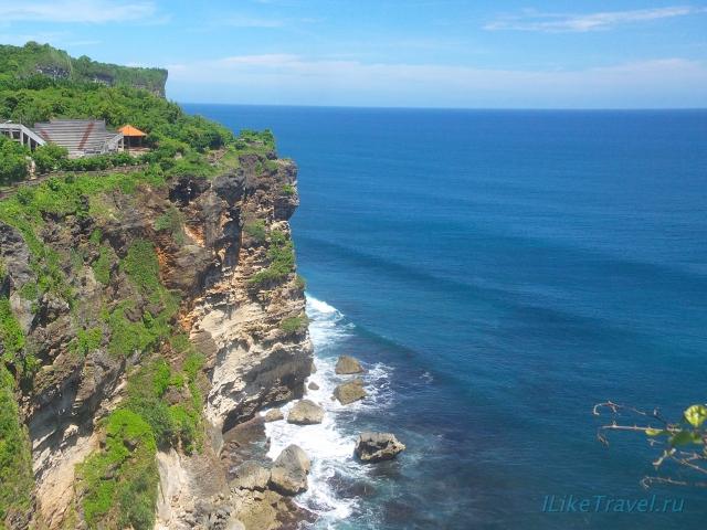 Храм Улувату, Бали